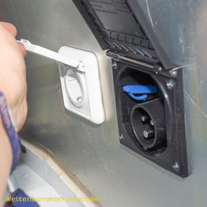 Die Elektroanlage Teil 4 - Außenstrom und Verbindung zum Führerhaus