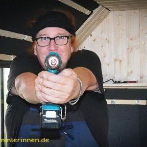 Akkuschrauber statt Pistole !