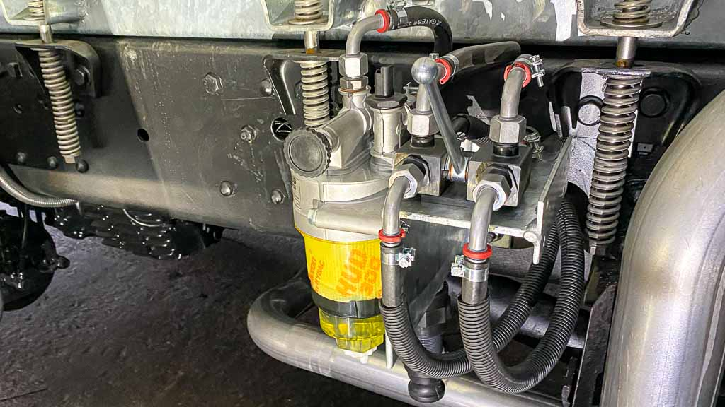 HUD 300 Dieselfilter, hud-filter.de eingebaut in der Black Pearl von allzeit-bereift.de