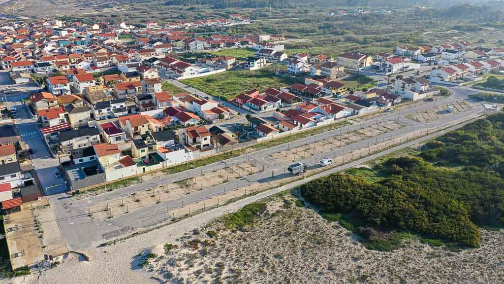 Im Winter 2020/2021 ist der Stellplatz in Costa de Lavos in Portugal fast völlig leer.